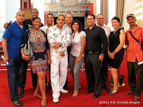 The DC Cubans Meetup Group with Maraca